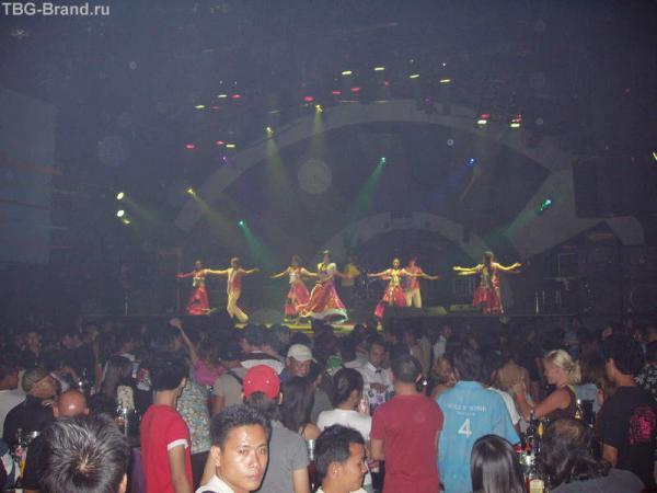 Самая громкая дискотека Тайланда-Голливуд!