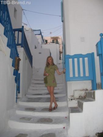Бело-синие цвета острова