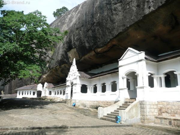 Пещерный храм Дамбула