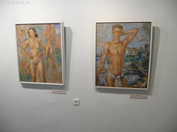 В одной из галерей
