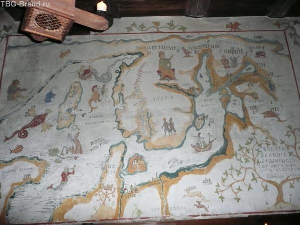 Карта на стене ресторана