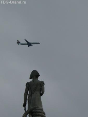 Самолёты летают так низко