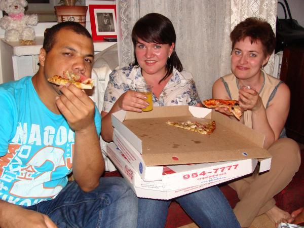 Три корочки... пиццы )))