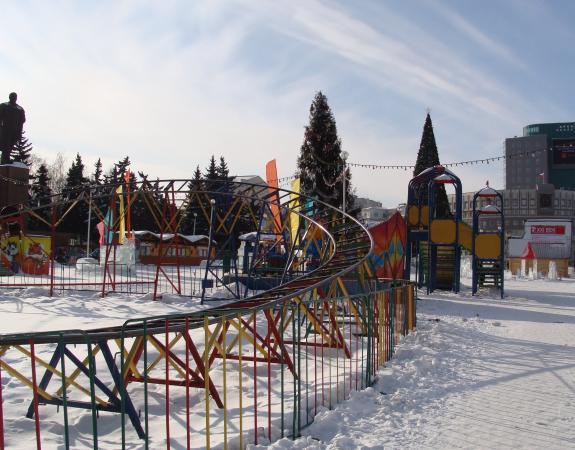Площадь на проспекте Ленина