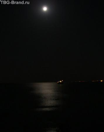 ...и наконец на Акабу спустилась ночь...