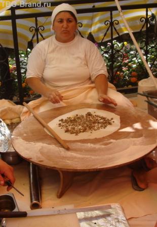 гёзлеме - пицца по-турецки
