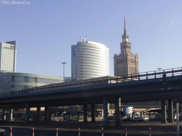 """Варшава, привокзальные окресности. Высотка - """"Дар"""" Сталина"""