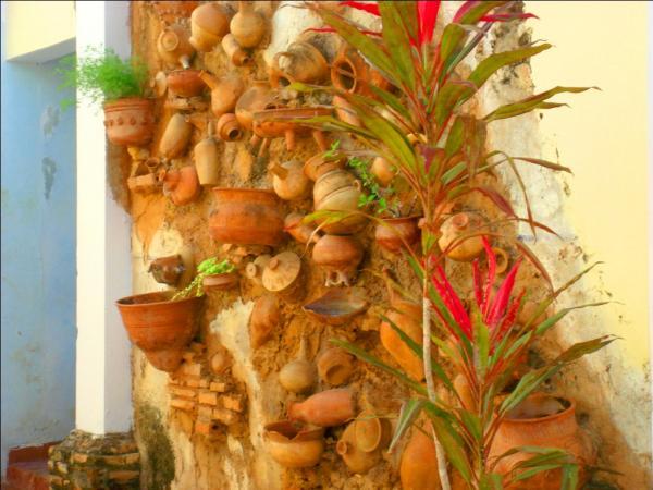 Тринидад. Стена одного из кафе