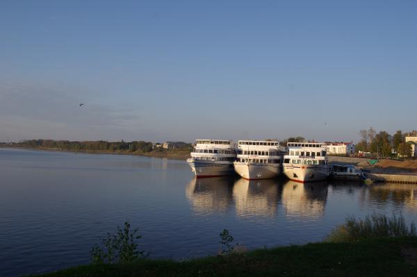 Пристань, на которой высадили Бенедера с Кисой