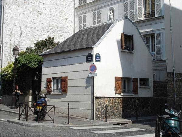 Дом на улице Лепик, где родилась миледи