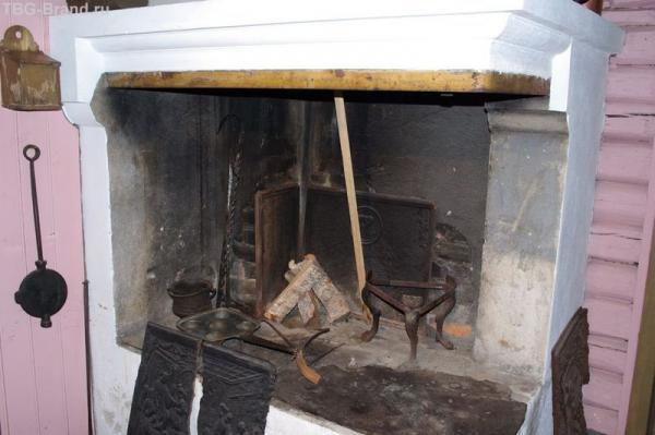Печка, где хлопотала Клава