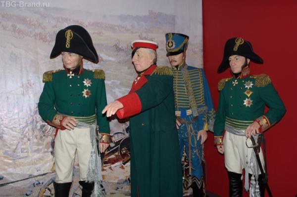 В музее восковых фигур