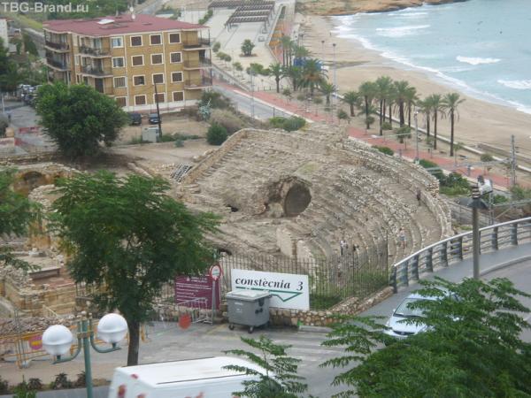 Амфитеатр в Терагоне