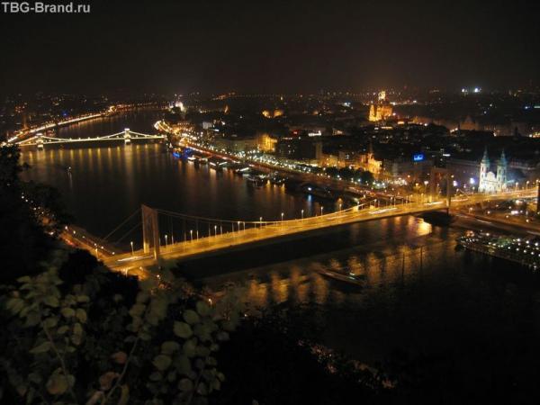 Будапешт. Вид с холма Гелерта