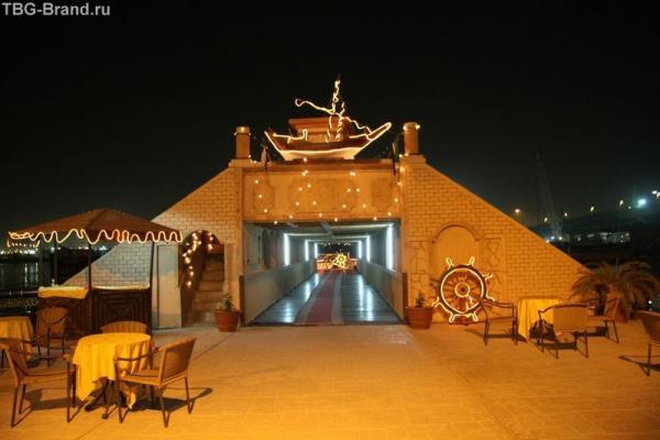 ОАЭ. Дубай. Al Boom Tourist Village