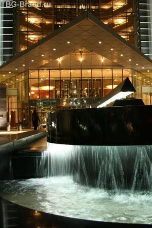 ОАЭ. Дубай. Emirates Tower Hotel