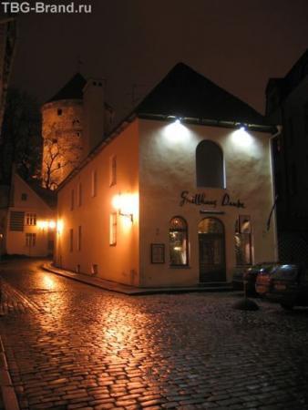 Эстония. Таллинн. Ресторан Grillhaus Doube