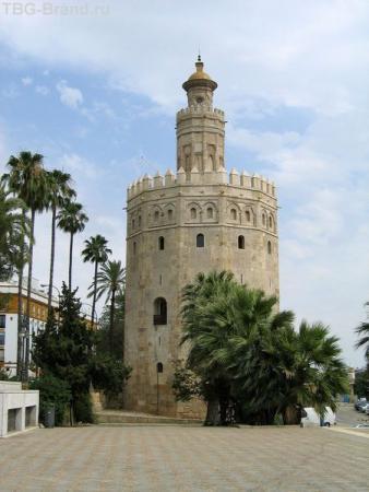 Испания. Севилья. Золотая башня