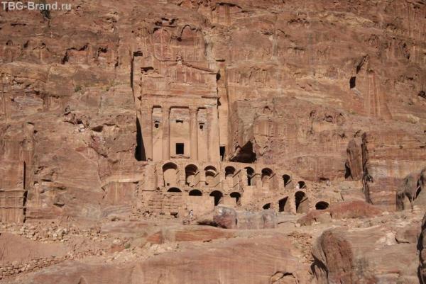 Иордания. Петра. Королевские гробницы
