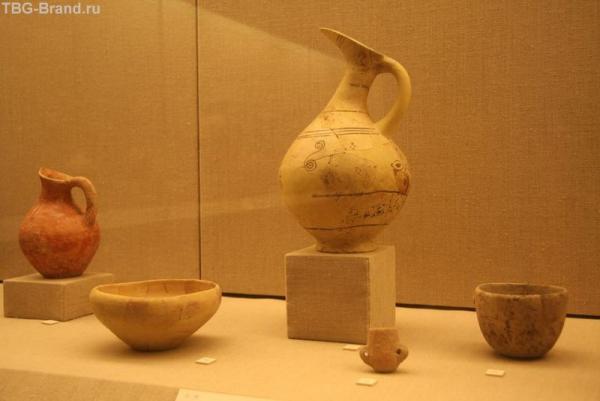 Греция. о. Санторини. Доисторический музей в Фире