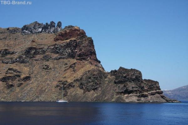 Греция. о. Санторини. Морская прогулка на загадочный вулкан. Фирассия
