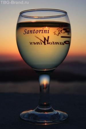Греция. о. Санторини. Закат вместечке Santo Wines