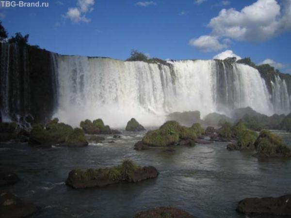 """Вид на """"Игуасу"""" с Бразильской стороны"""