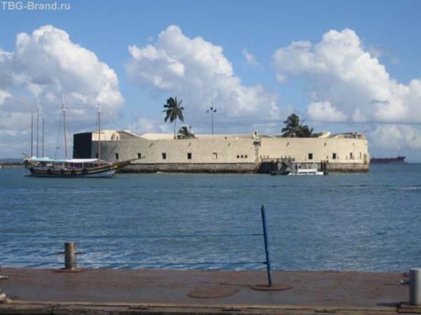 г.Сальвадор, португальский форт