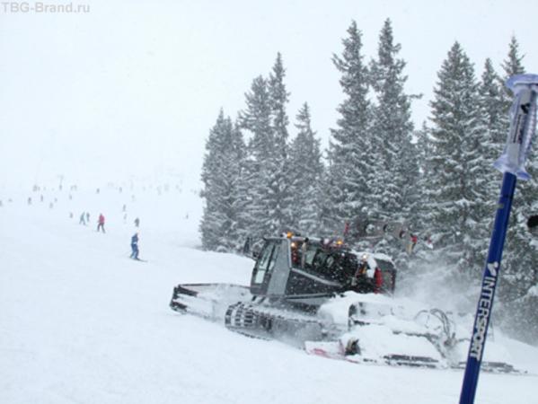ратраки не справлялись со снегом