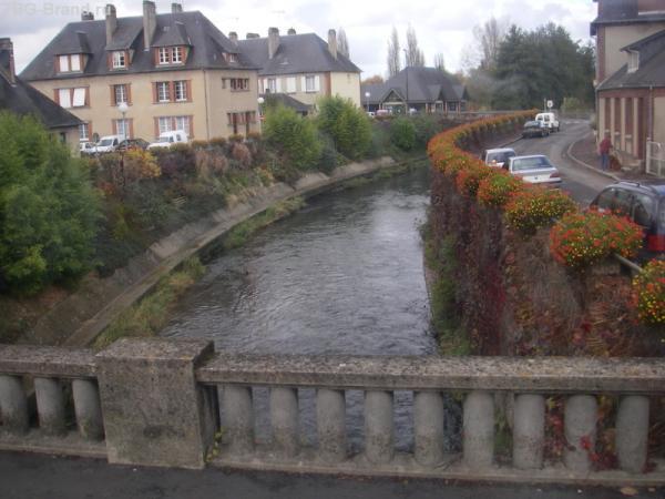 типично французская провинция