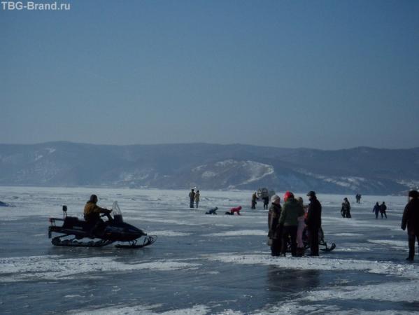 зимние забавы на льду Байкала