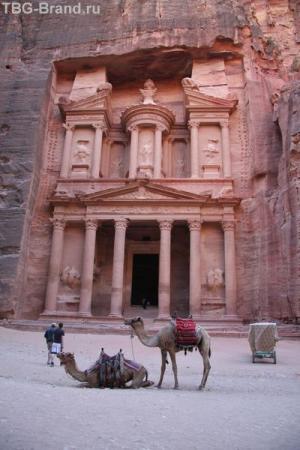 Иордания. Главный фасад.