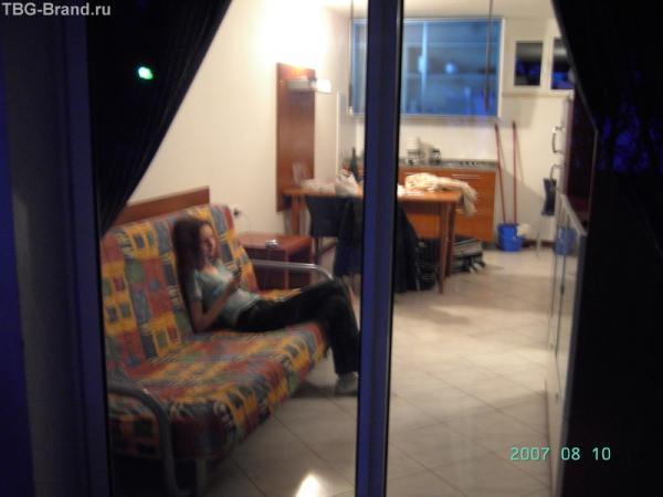 Комната с кухонным уголком