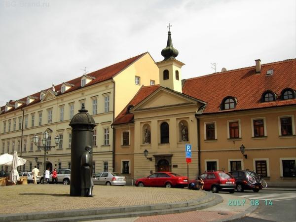 Памятник Августу Шеноа - поэту и писателю