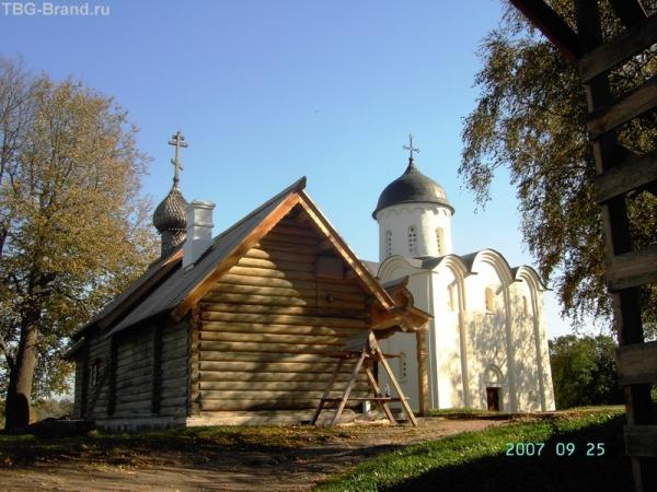Церкви крепости