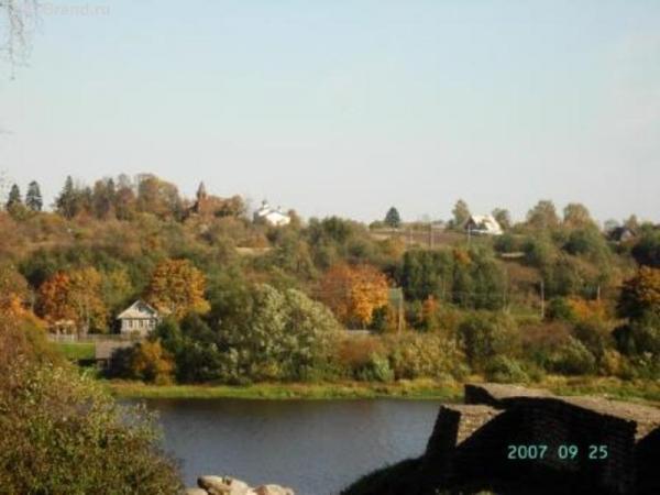 На горизонте - Васильевский погост
