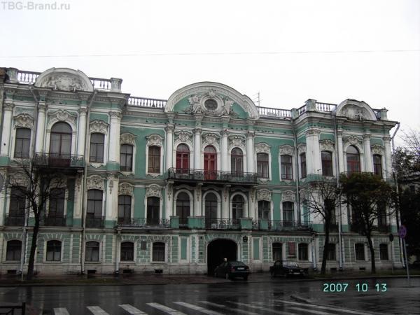 Просто - посмотри вокруг. Улица Чайковского.