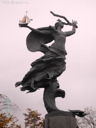 памятник морякам и строителям флота российского