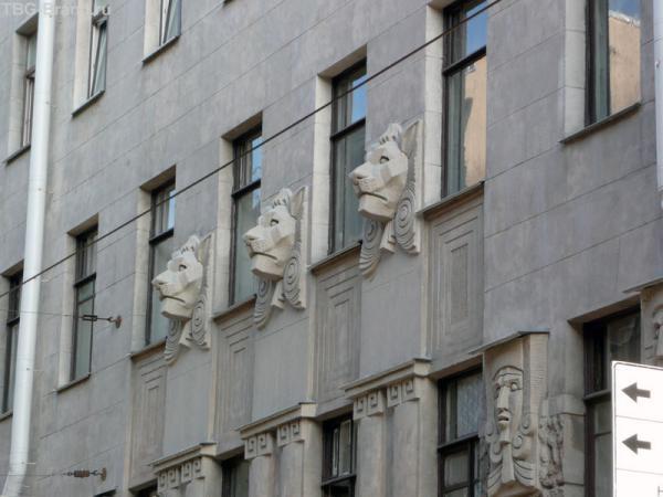 Угол Кузнечного переулка и Лиговского проспекта (д. 69)