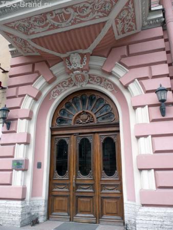 дом № 17 - входная дверь