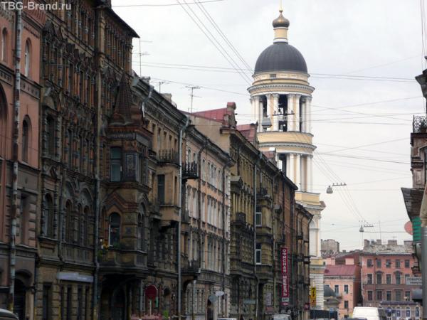 ул. Колокольная - в честь виднеющейся колокольни Владимирской церкви