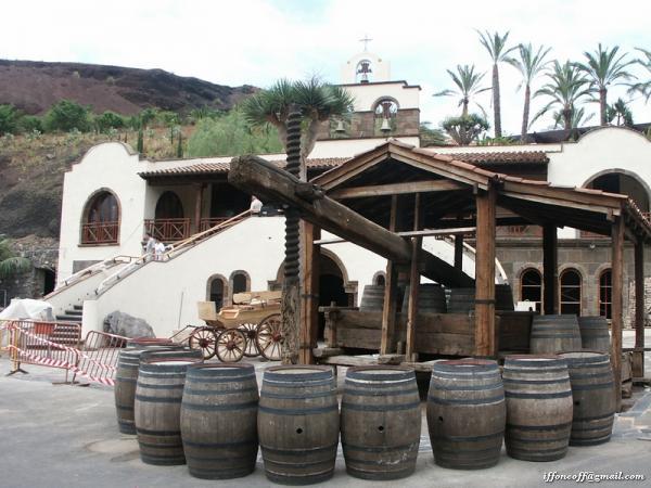 Ресторан-монастырь