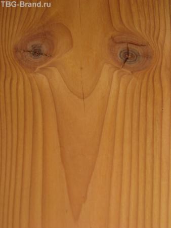 Грустная ворона. Узор на двери.