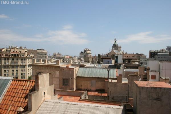 Вот она... Барселона...