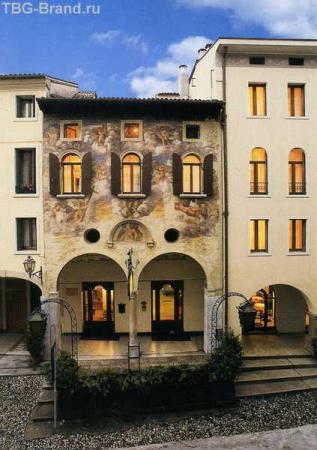 Наш Отель Канон д' Оро. Палаццо 14 века. Не мое фото...