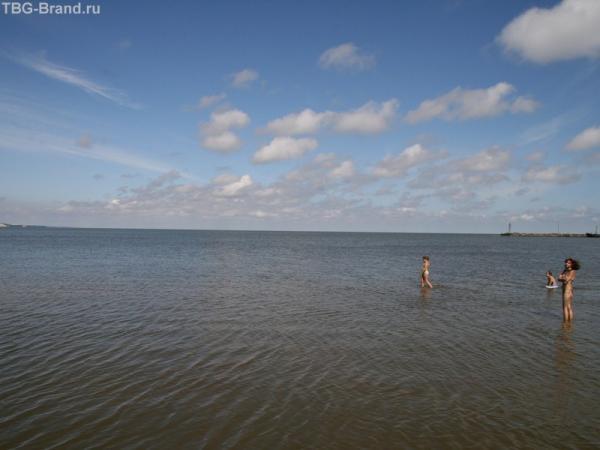 На Заливе.