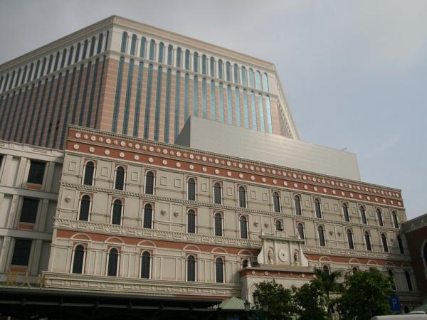 """""""Венеция"""" в Макао - самый большой отель в мире."""