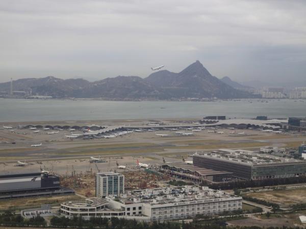 Аэропорт Гонконга.