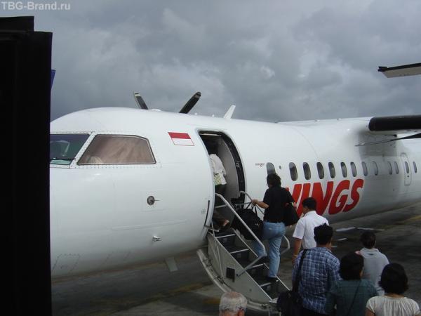 погрузка в самолет на Гили