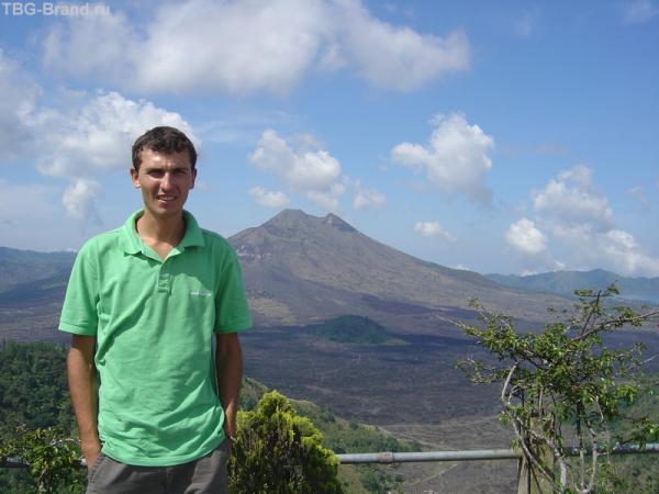 возле вулкана